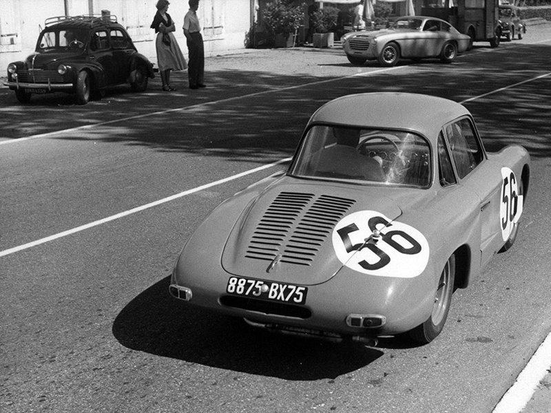 Renault-4-CV-Coupe-apr-Vernet--Pairard--1954-2