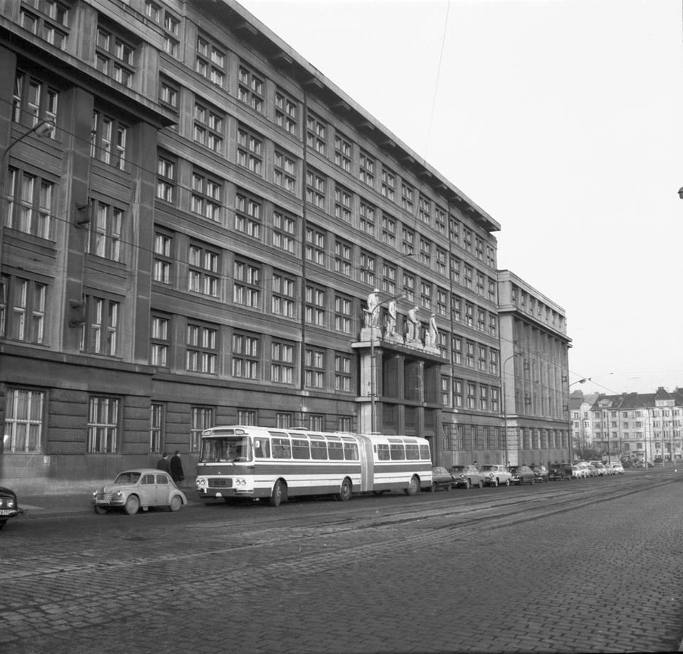 Karosa-test-in-Praag-1968