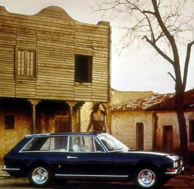 Peugeot-504-Break-Riviera-Pininfarina-1971-3
