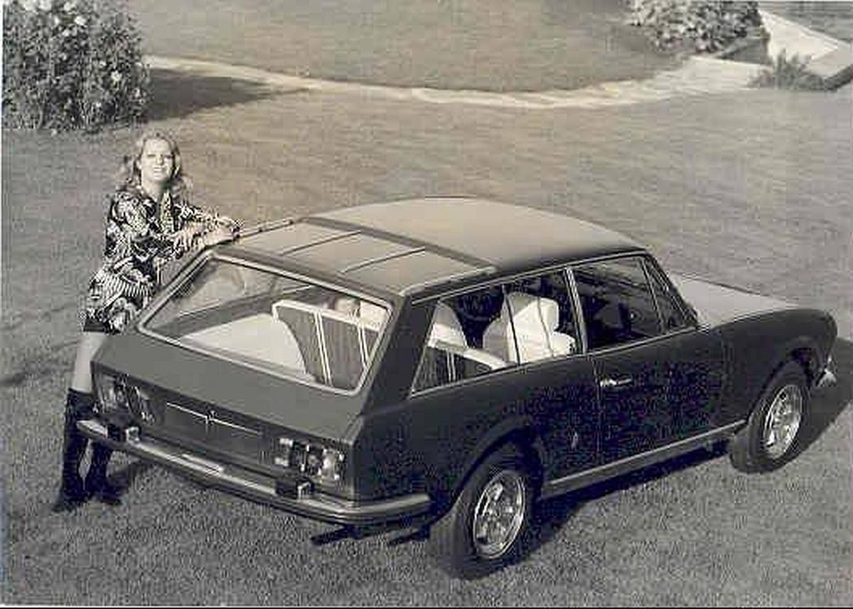 Peugeot-504-Break-Riviera-Pininfarina-1971-4
