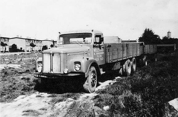 Scania-combi--een-van-de-eerste-wagens-van-Flip-bij-Weijs-Transport-Elst