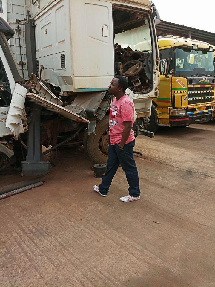 Kampala-garage-Mkhaleedy-Mwanja[1]