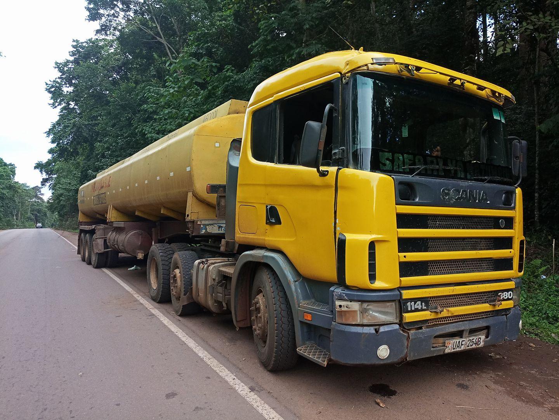 Scania-op-weg-naar-west-Uganda--Mkhaleedy-Mwanja-24-5-2018[1]