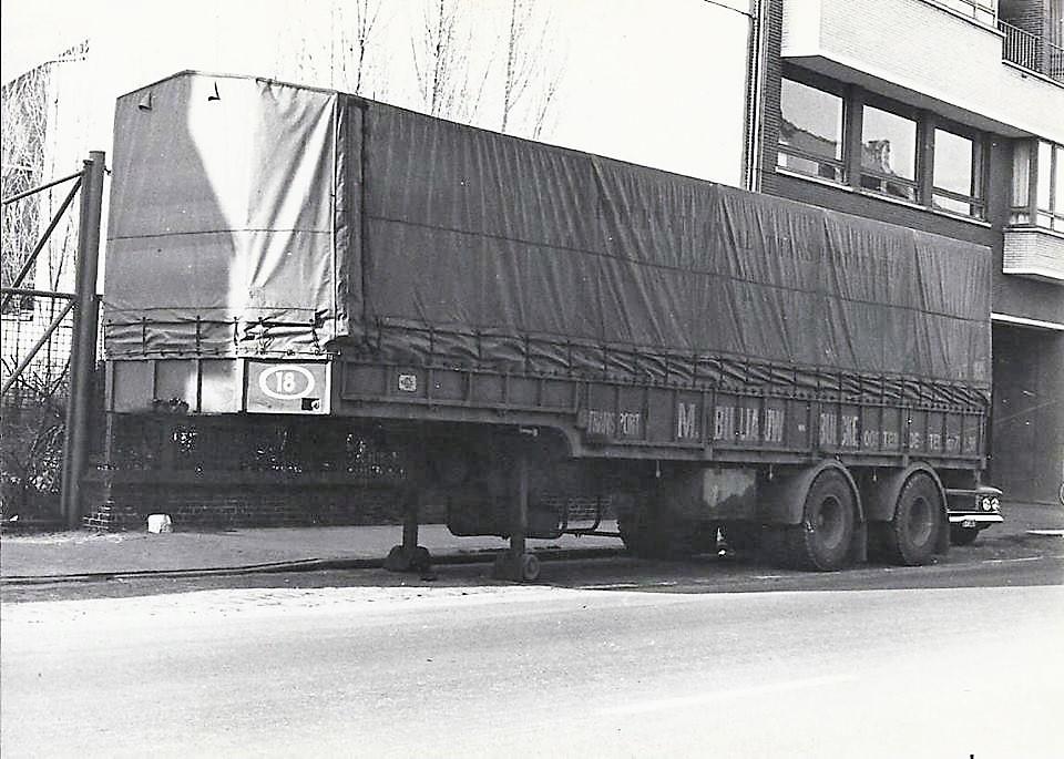 MOL--glastrailer
