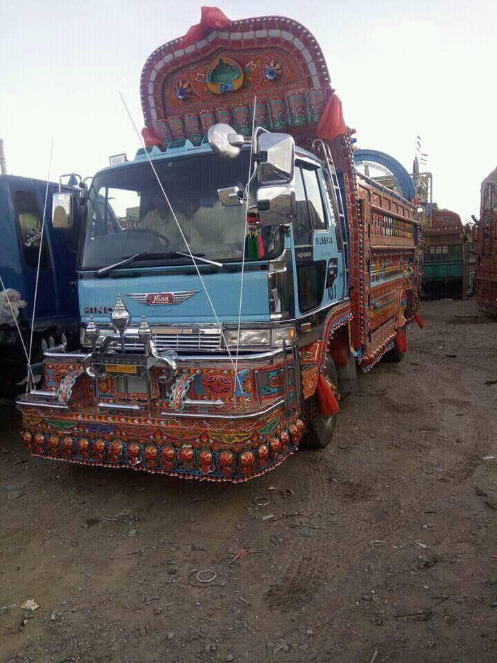 Hino-truck-pakistan