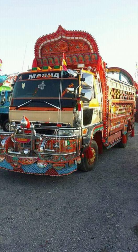 India-truck-Mohammad-Waseem-Jara