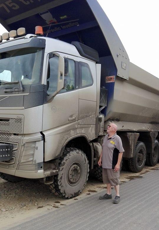volvo-12x6-750-PK-4-75-hoog-laadvermogen-ca-80-ton-leeggewicht-ca-25-ton-18-6-2018-4