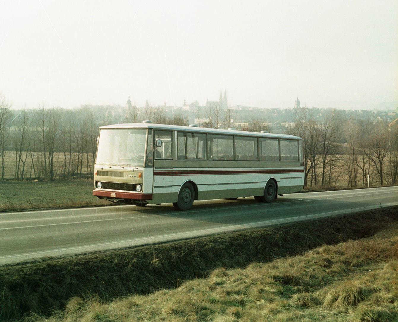 Eind-1973-werd-de-allereerste-bus-geproduceerd-in-een-zeer-succesvolle-serie-700-2