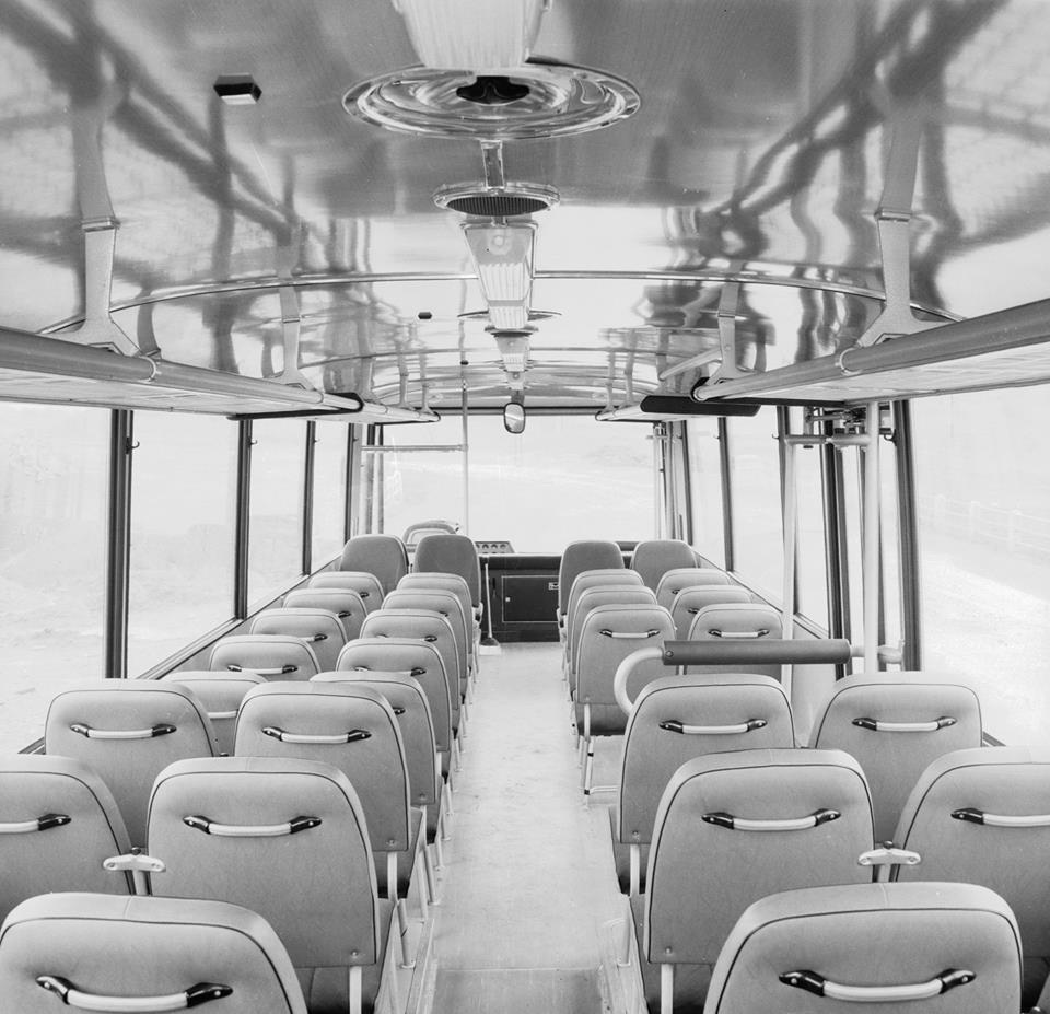 Eind-1973-werd-de-allereerste-bus-geproduceerd-in-een-zeer-succesvolle-serie-700-4