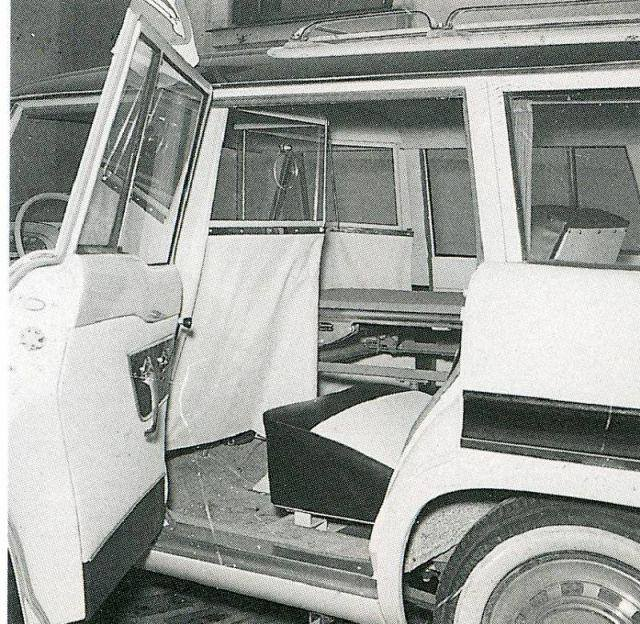 simca-vedette-marly-ambulance-jaar-1956-1959-3