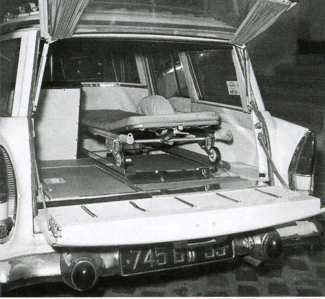 simca-vedette-marly-ambulance-jaar-1956-1959-4