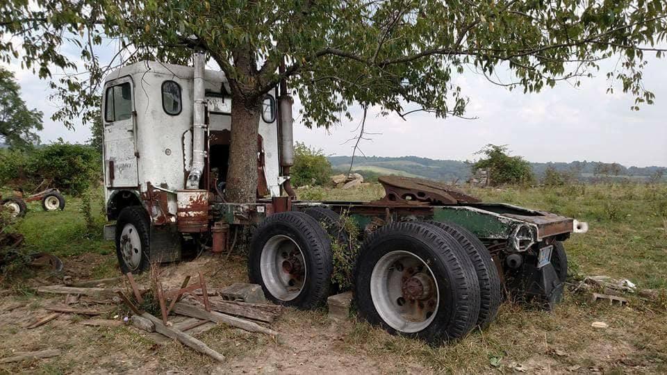 Frieghtliner-.-Boom-truck-na-vele-jaren-2