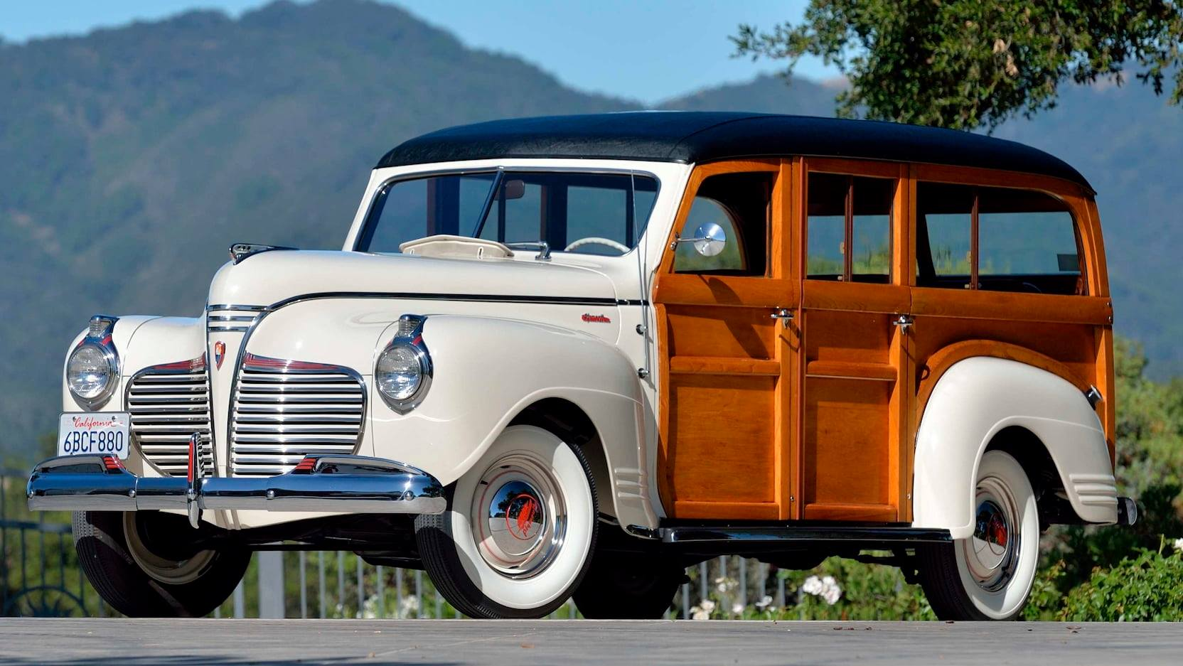 PLYMOUTH-P12-SPECIAL-DELUXE-WOODIE-WAGON-1941--1