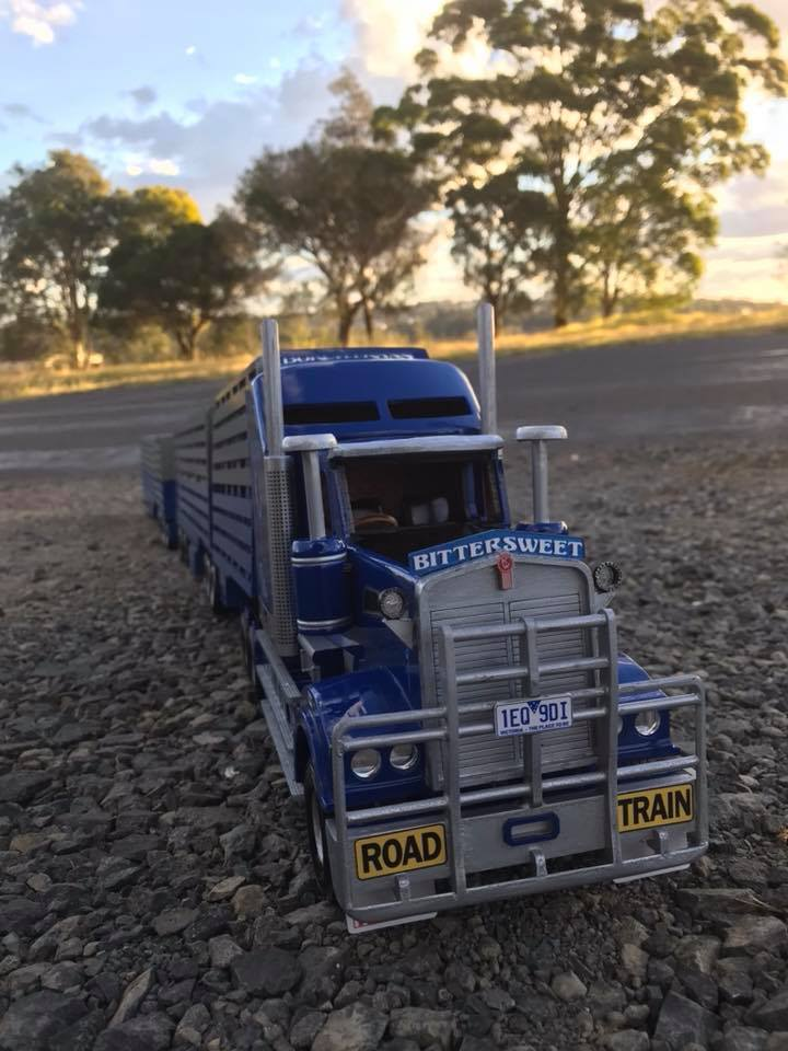 Wooden-model-of-a-Kenworth-T909-and-quad-Dunn-s-livestock-trailer-setup-for-Borchtrans-1