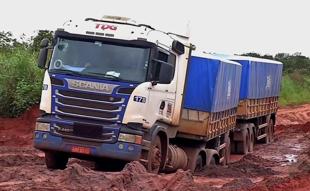 Scania-R440--6X4