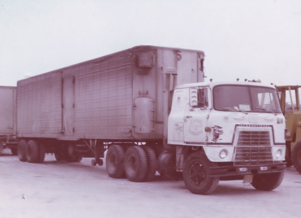 Vero-Beach-FL--feb-1975--Russell-Macneil-4