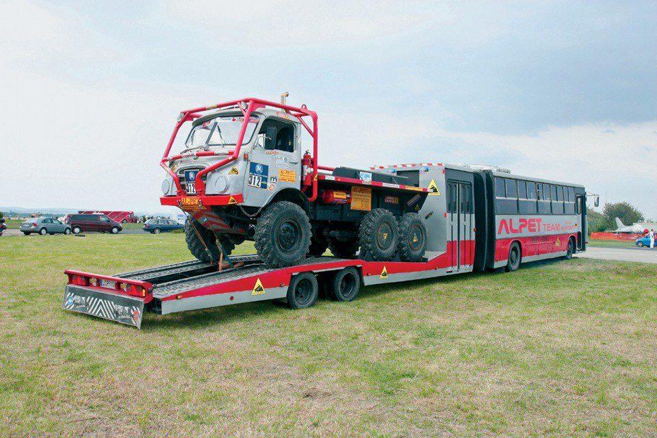 Alpet-team-op-truck-trialu-aan-de-basis-van-ikarus-280-17-2