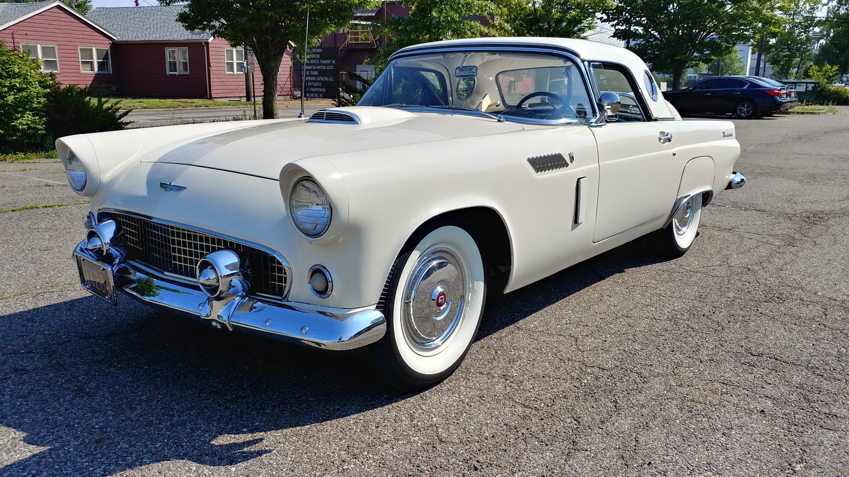 Ford-Thunderbird-1956-3