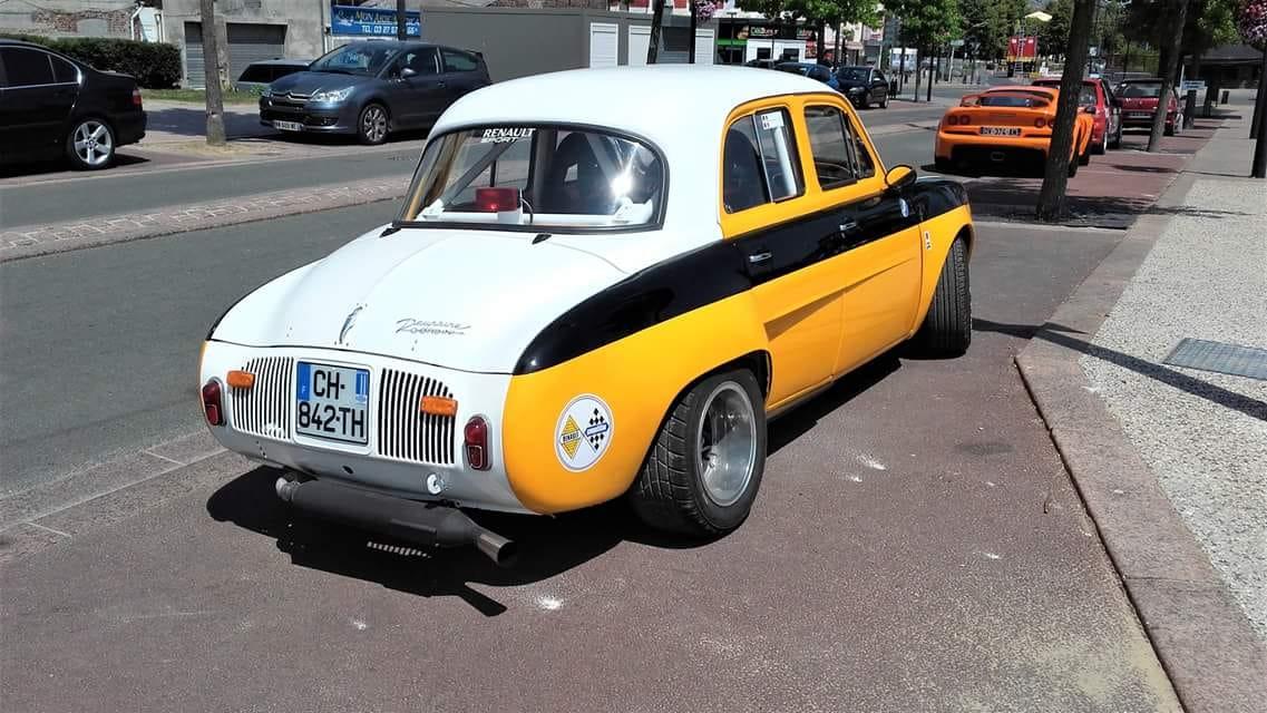 Renault-Dauphine-Rally