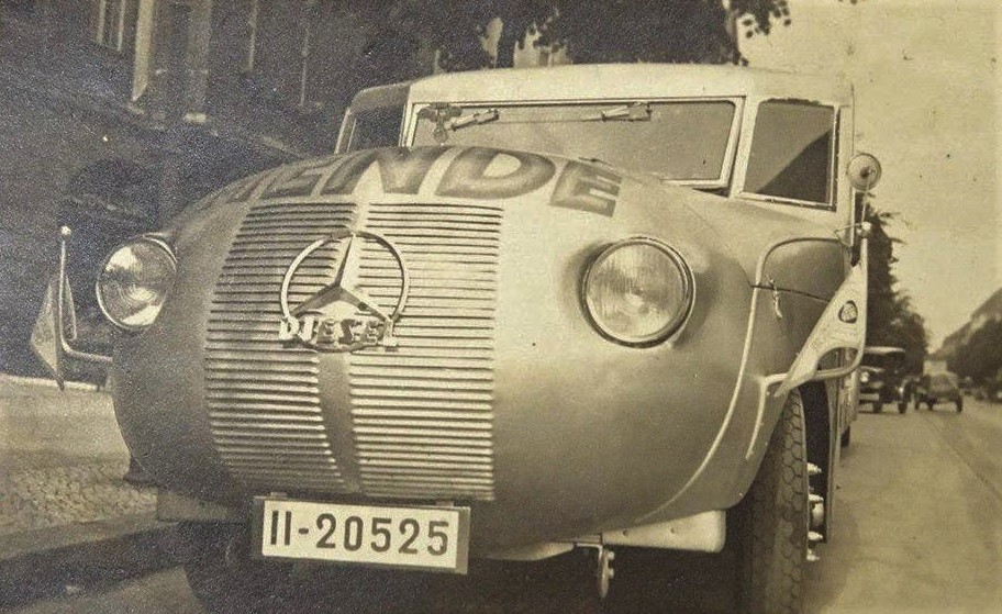 Mercedes-coach-3