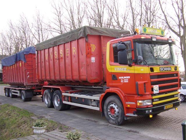 Scania-114G-340-pk-2001-met-NCH-kabelsysteem-en-een-RAF-container-aanhangwagen-1993