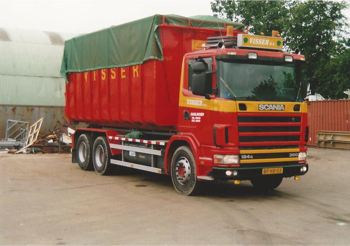 Scania-124G-360-pk--van-1997-is-een-Translift-kabelsysteem-opgebouwd