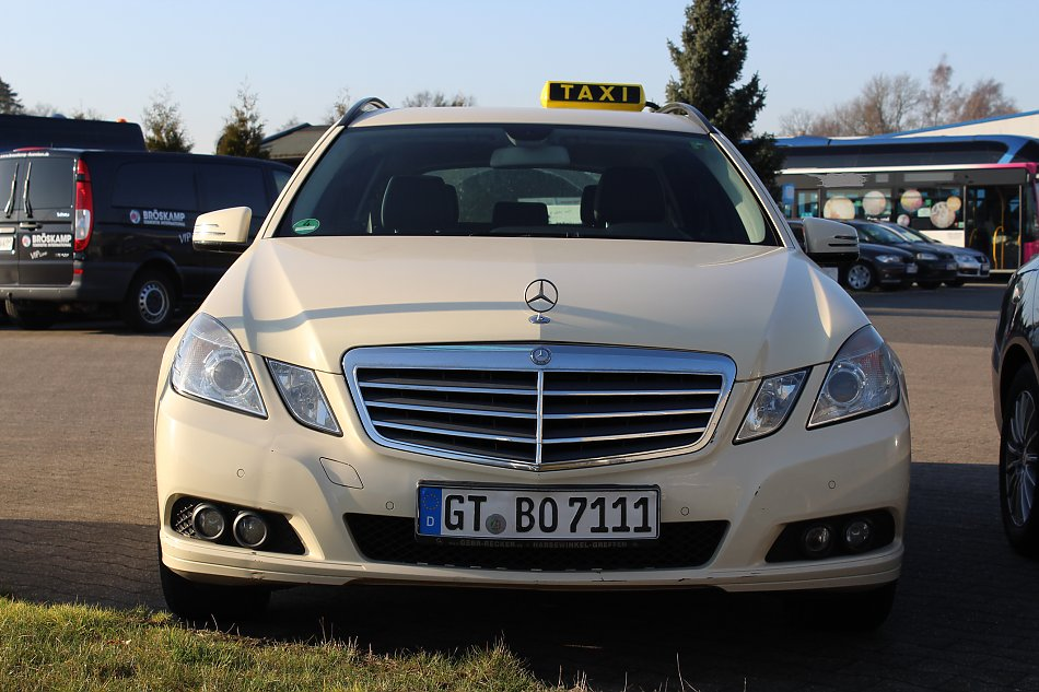 Mercedes-Benz-E200-CDI-Kombi
