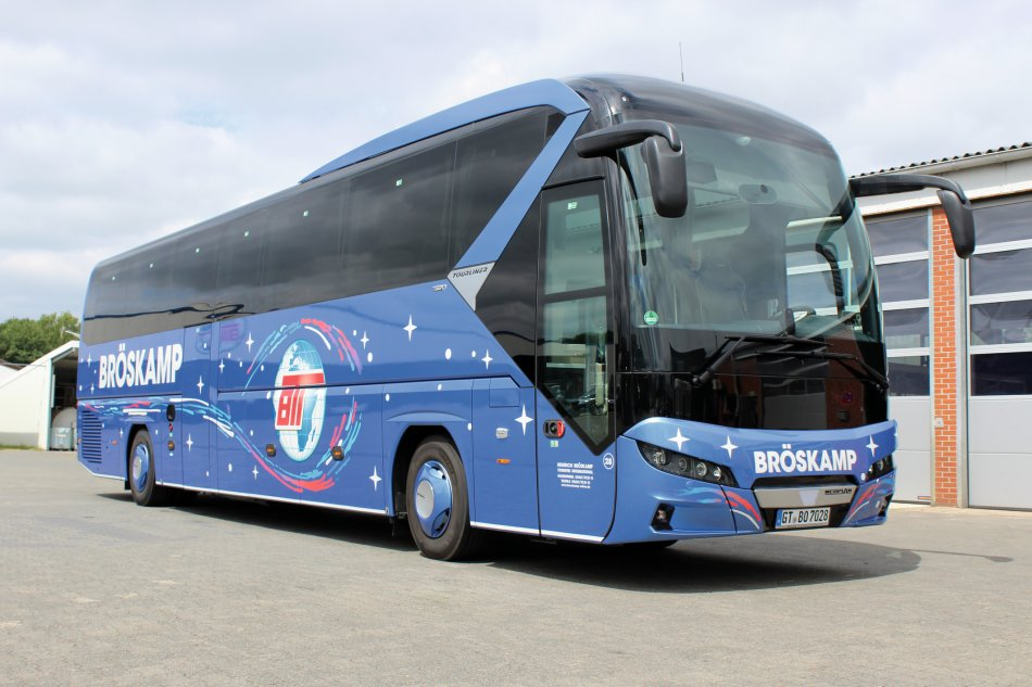 Neoplan-Tourliner-Bus-28