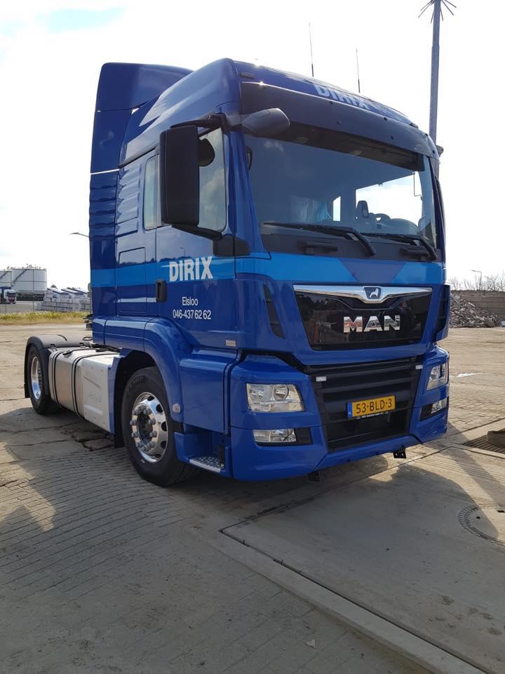 14-7-Vandaag-hebben-wij-onze-nieuwe-licht-gewicht-MAN-trekker-in-gebruik-genomen--deze-gaan-we-voornamelijk-gebruiken-voor-transporten-van-en-naar-Duitsland-of-Belgie