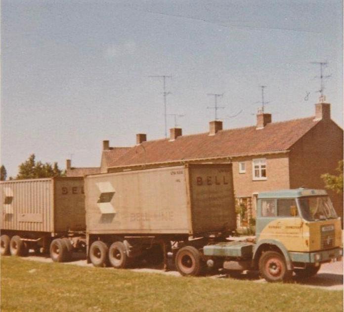 Henschel-1965-met-twee-opl