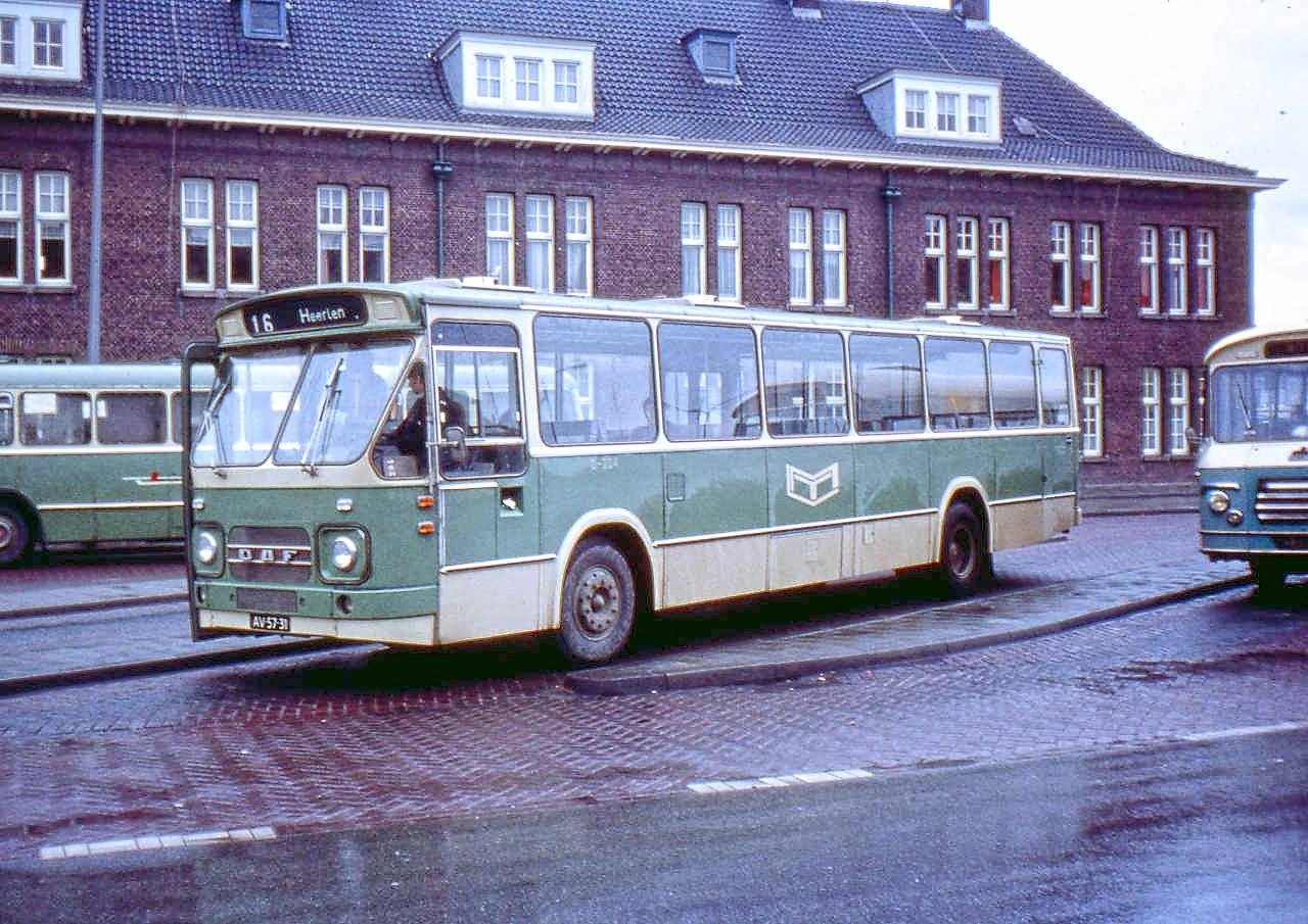 LTM-0-202-1970-12-01-0-204-AV-57-31-DAF-MB200-DKDL600-85247-1970-Den-Oudsten-4274-49