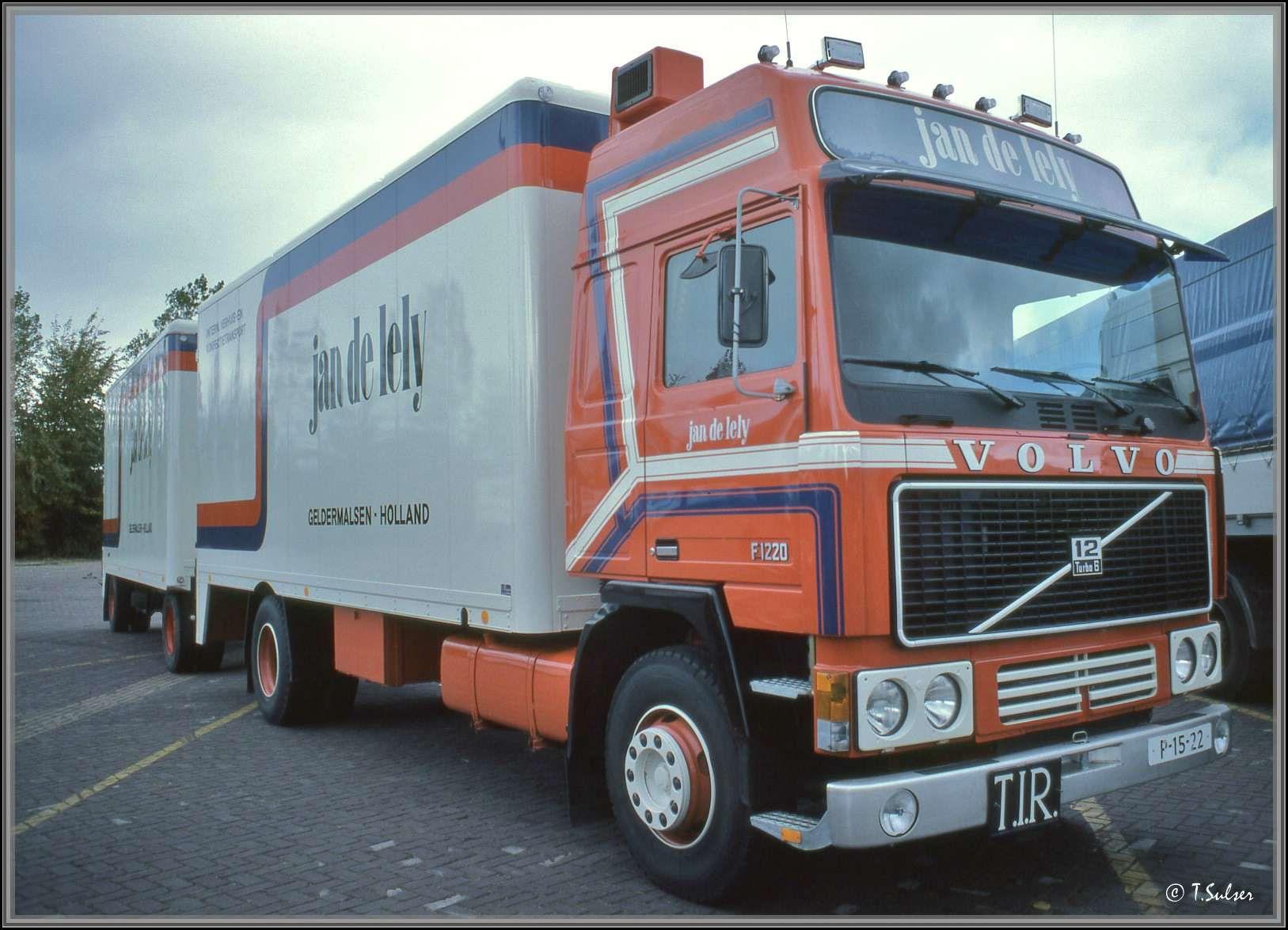 Eric-Bauw-Dit-is-de-auto-van-mijn-vader-geweest-was-de-eerste-Volvo-globetrotter-op-Nederlands-kenteken-72-VB-06