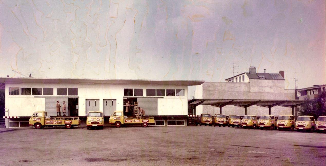 1965-Salzgitter-Hanomag-Matador-E-Fuhrpark-von-Vorlo-Getranke-1