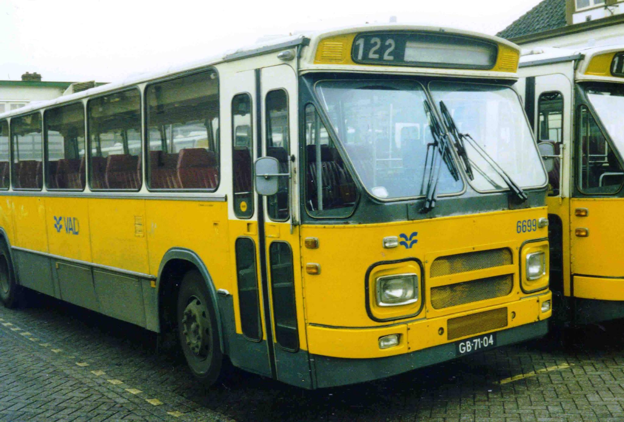 VAD-6699--Apeldoorn-NS-30-12-1987