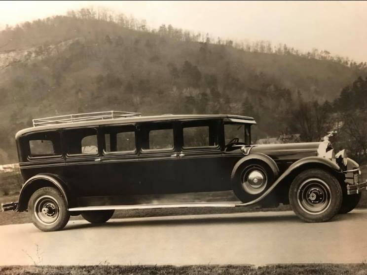 Packard-Eight-640-Stretch-Limousine-1929