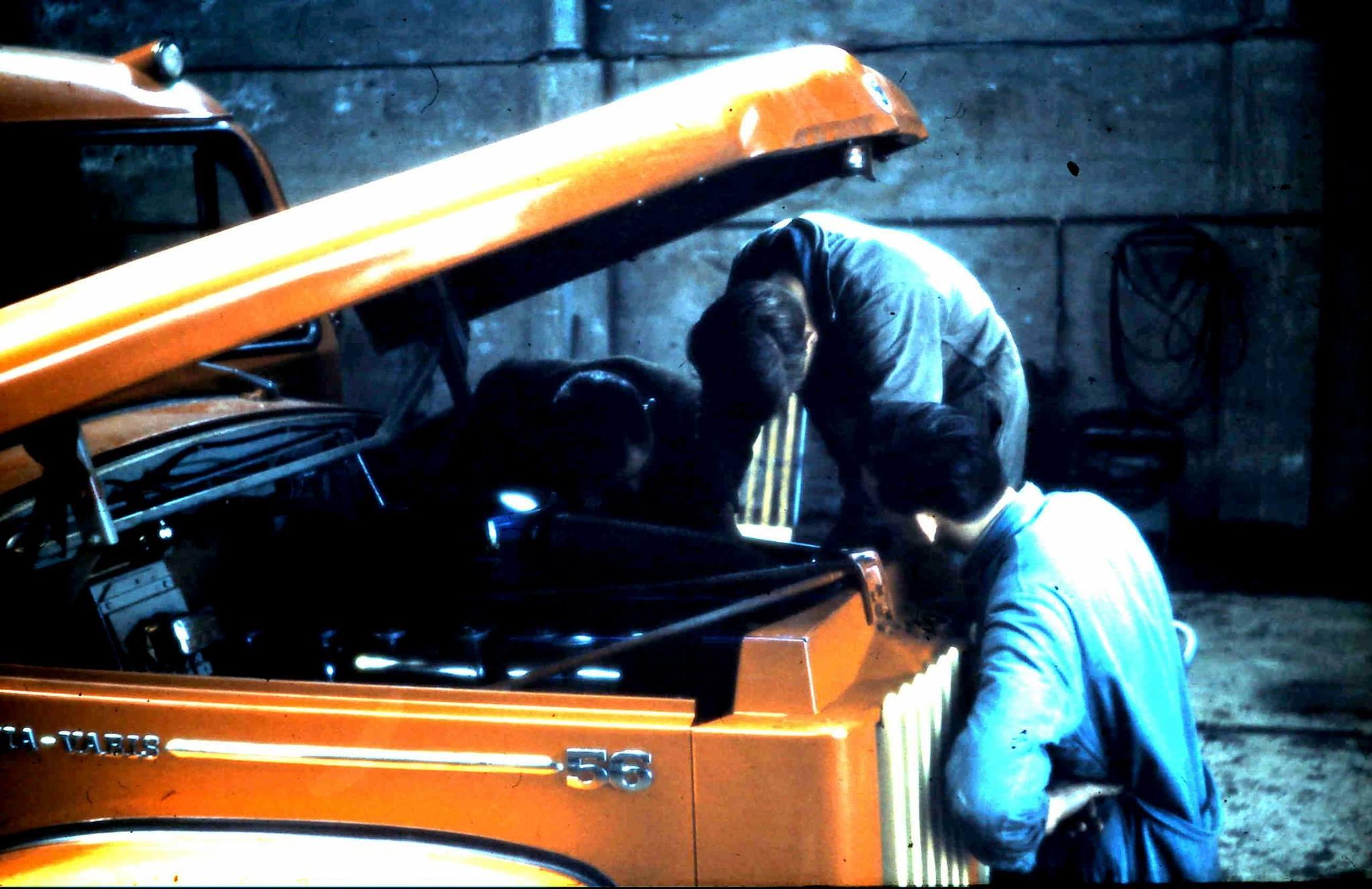 Reparatie-tuimelaar-assen-welke-helaas-veelvuldig-defect-gingen.-Nadat-er-na-enkele-jaren-de-tuimelaar-assen-van-een-super-scania-in-deze-vrachtwagen-werden-gemonteerd-was-het-probleem-over
