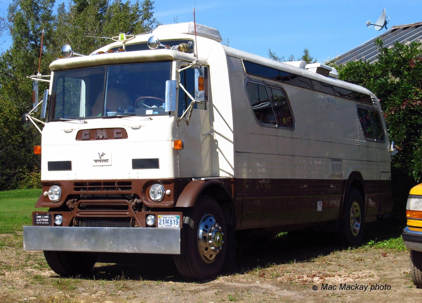 GMC-Camper