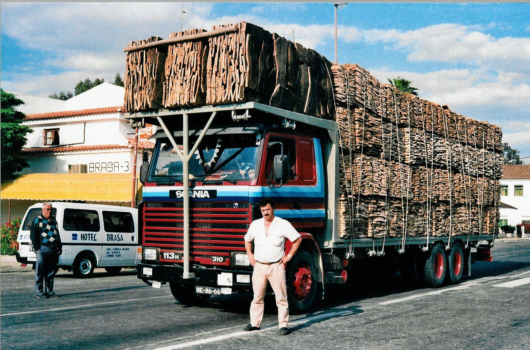 Scania-113H-Restaurante-Brasa--Caia