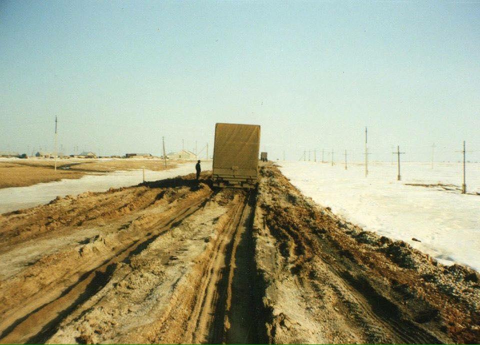 wegen-richting-grens-van-iran
