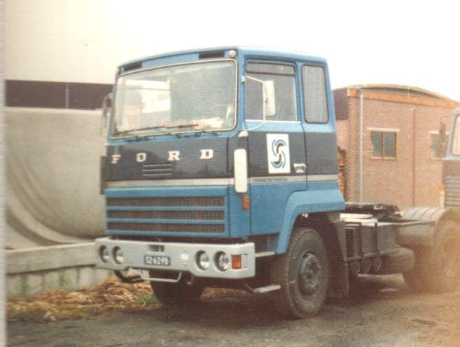52-62-PB-een-van-de-twee-Fords-die-van-Spronsen-heeft-gehad