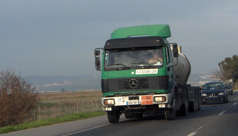 Carlos-Mateus-Mercedes-Archive-100