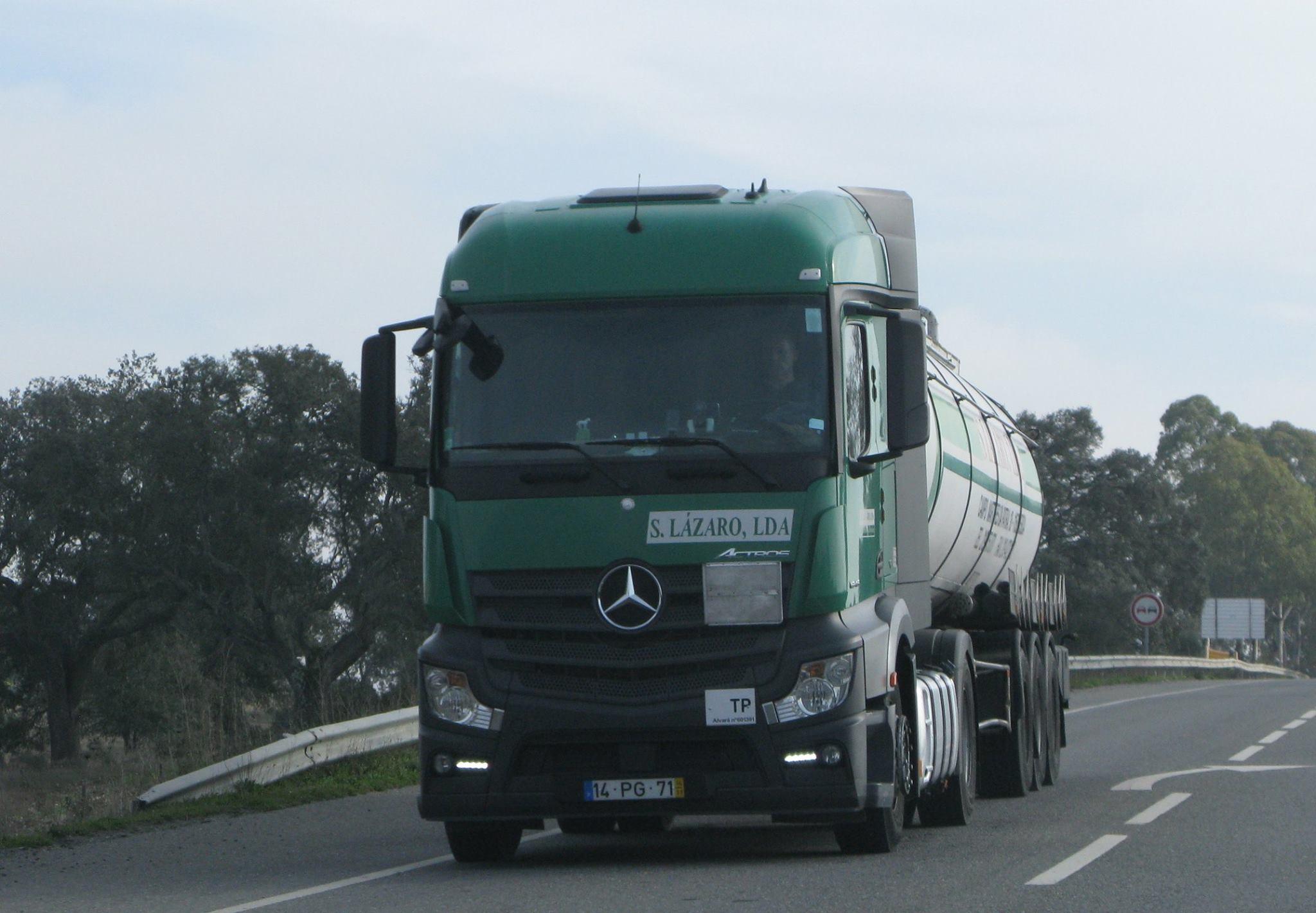Carlos-Mateus-Mercedes-Archive-106