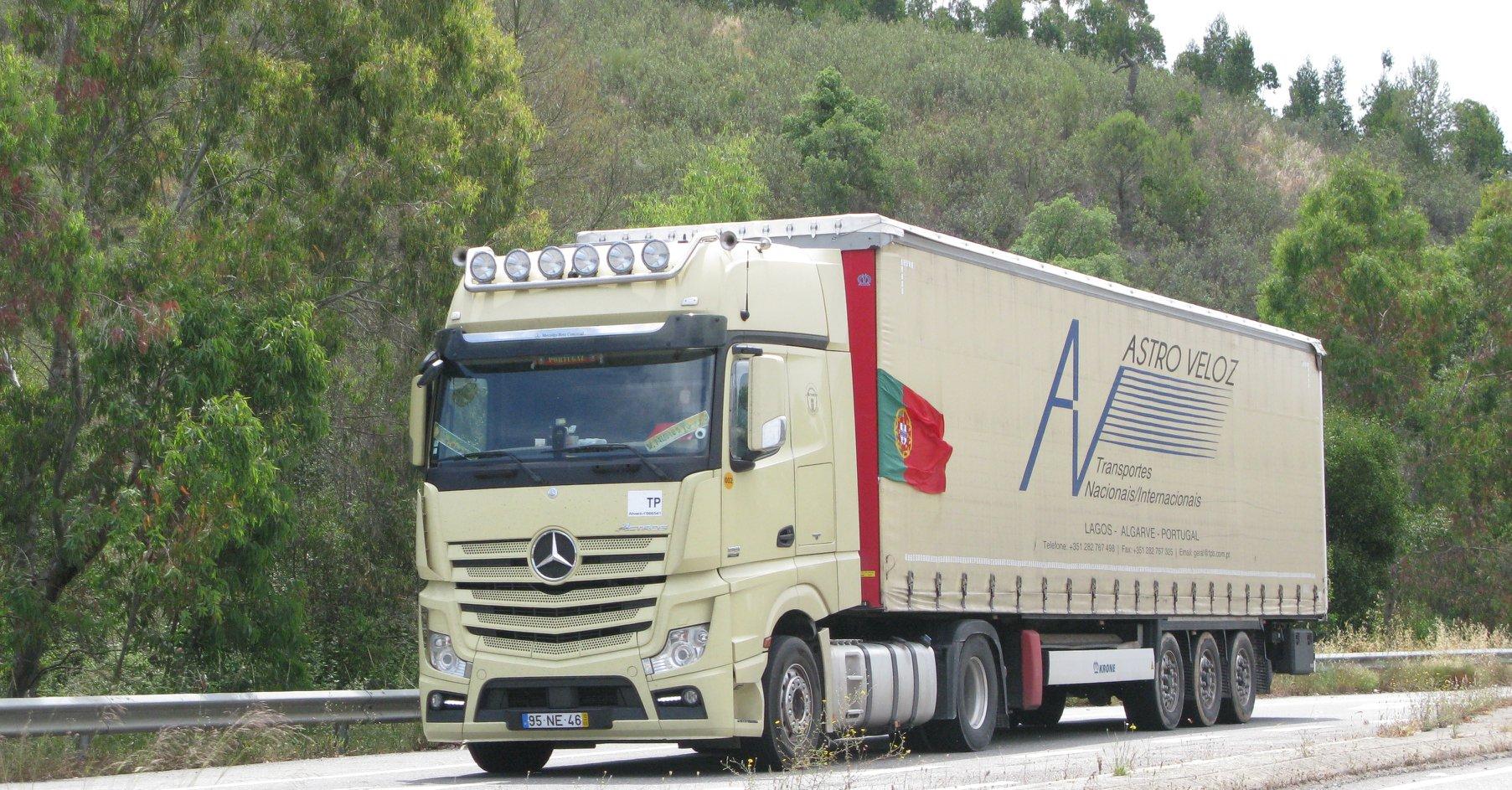 Carlos-Mateus-Mercedes-Archive-126