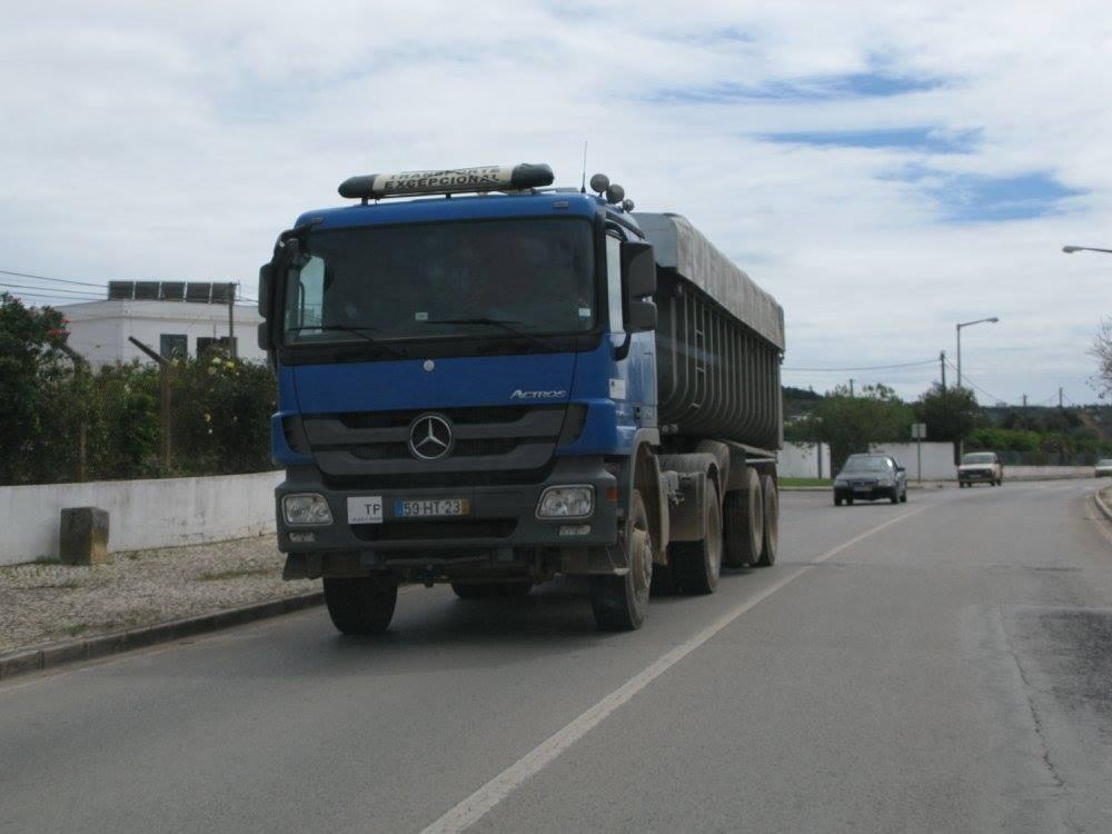MB-4-x4-tractoren-in-portugal