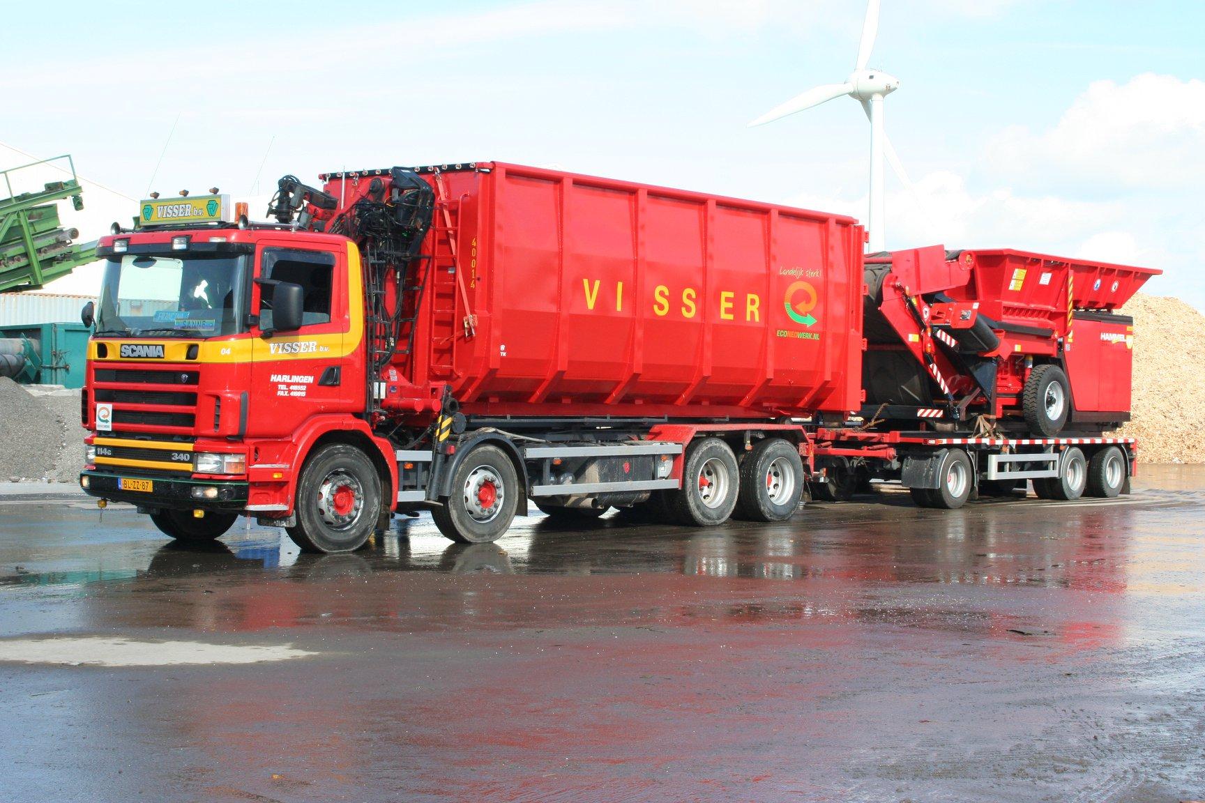 Scania-114-G-340-pk-met-een-RAF-tandemas-container-aanhangwagen-1