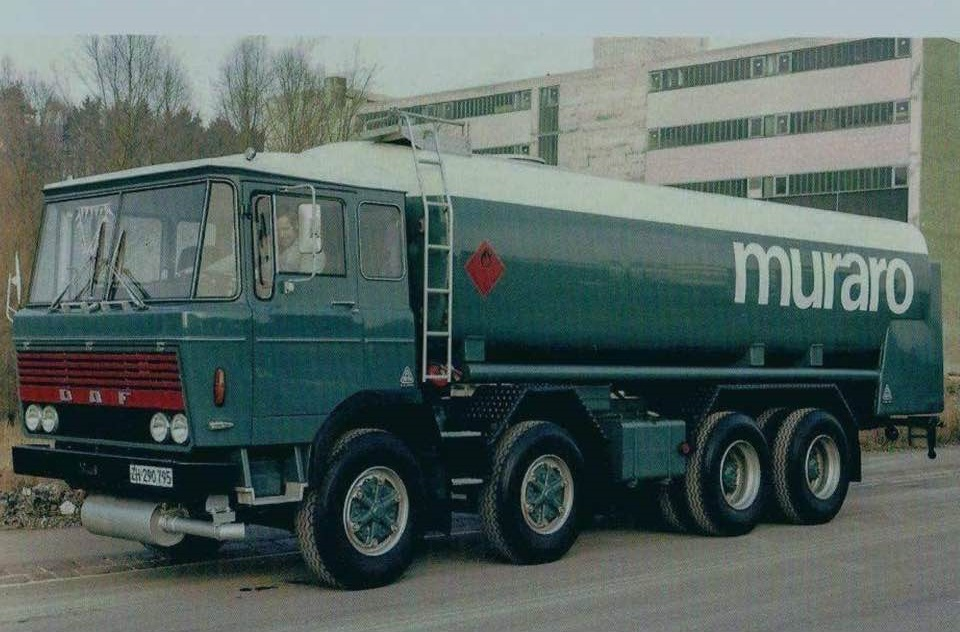 DAF-2600-8X4-in-Zurich