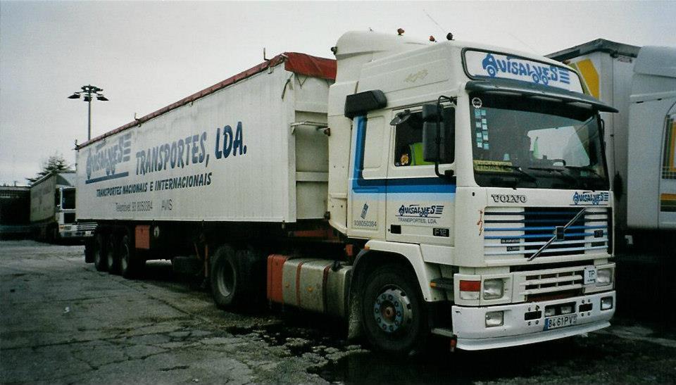 F12-Globetrotter-from-Transportes-Avisalves