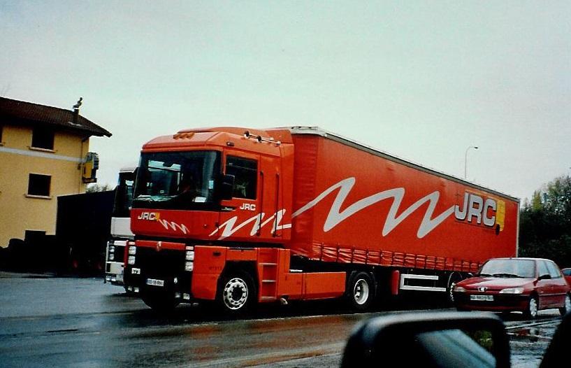 Renault-Magnum-2003-Irun