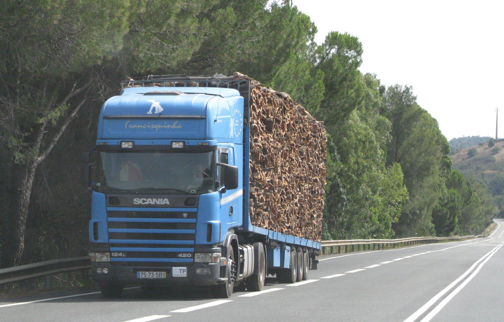 Scania-124L-420-