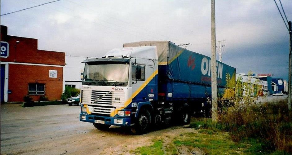 Volvo-F12-2002-de-Open-Asturias